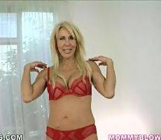 Mommy Blows Best. Erica Lauren